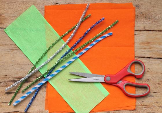 Materiales para hacer flores mexicanas de papel crepé