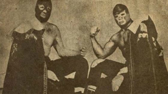 vintage cinco-de-mayo-how to make lucha libre masks