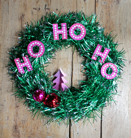 Festive tinsel wreath video tutorial