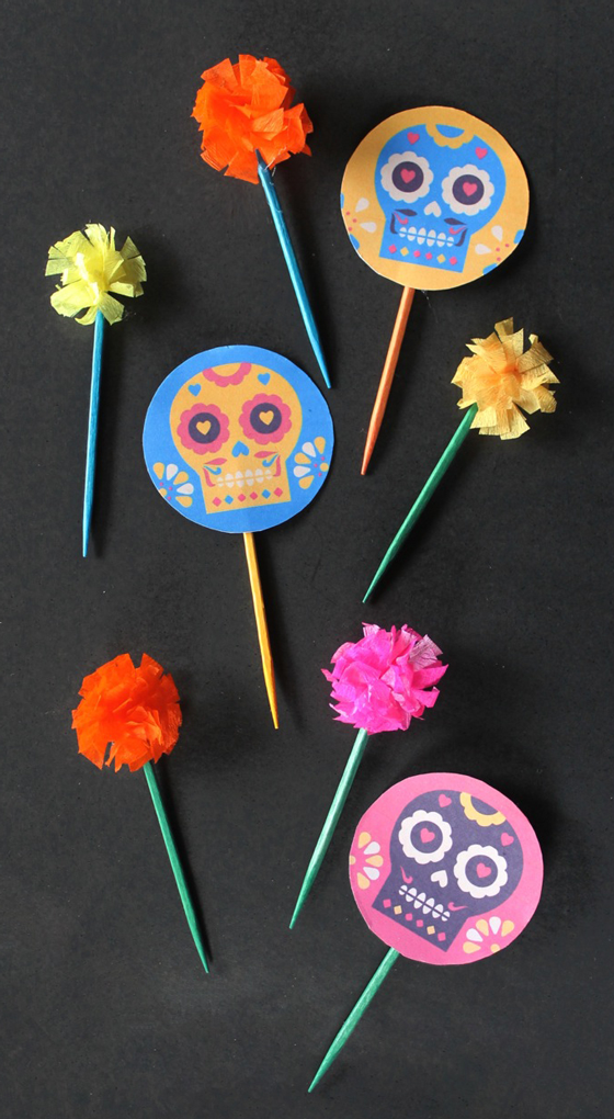 Toppers and wrappers for Dia de los Muertos cupcakes: Made to look like cacti