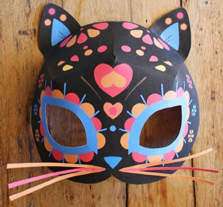 Free printable calavera cat mask. Easy to make!