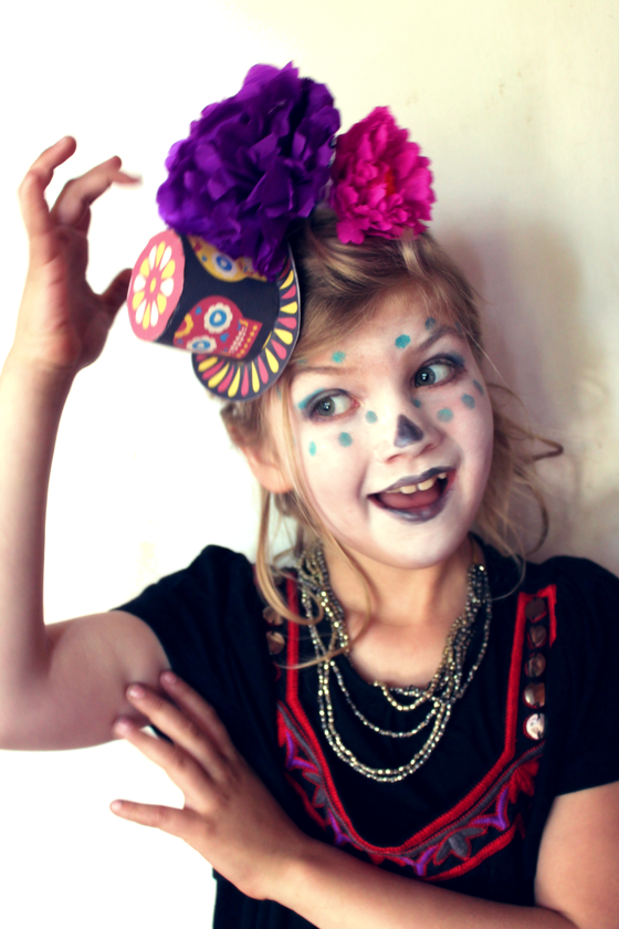 Inspired by dia de los muertos calavera makeup, paper flowers and mini top hat ideas for kids!