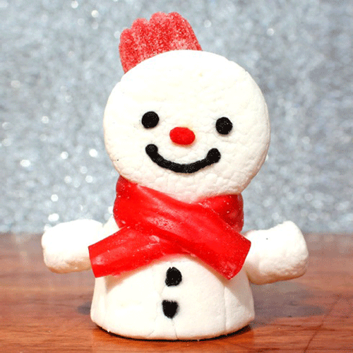 Step-by-step festive marshmallow snowmen are fun and easy to make!