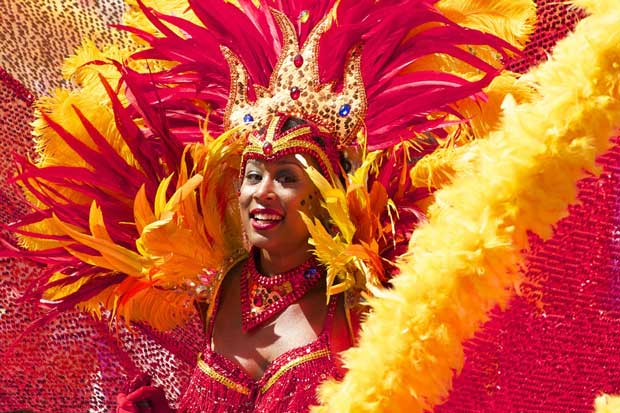 Celebrate carnival and make your own head dress