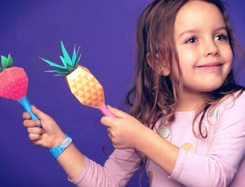 How to make DIY paper maracas filled with rice - Shake, shake