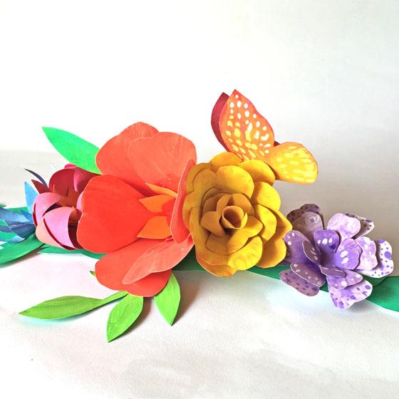 Corona de flores - ¡Flores de papel para una corona floral de Cinco de Mayo!