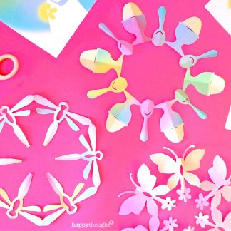 How to make a DIY Eater snowflake decoration template