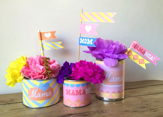 Mother's Day gift ideas: Flowers, tins and flags - Mother's Day printable labels!