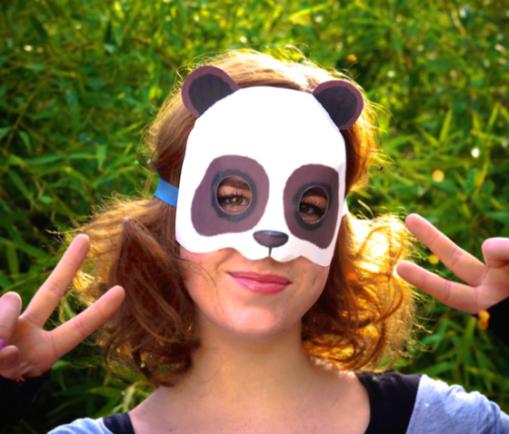 Easy to make and fun DIY Printable Panda mask template!