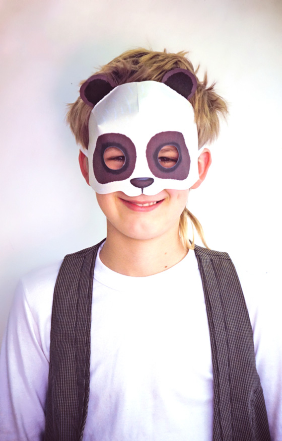 Print paper panda mask - Fun and simple to make DIY printable animal masks!