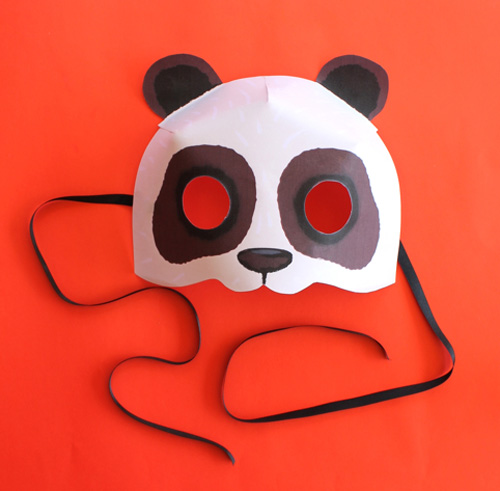 Fun and simple to make DIY printable panda bear mask!