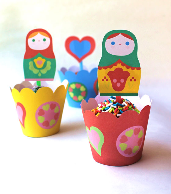 Russian Matryoshka doll party cupcake decorations!